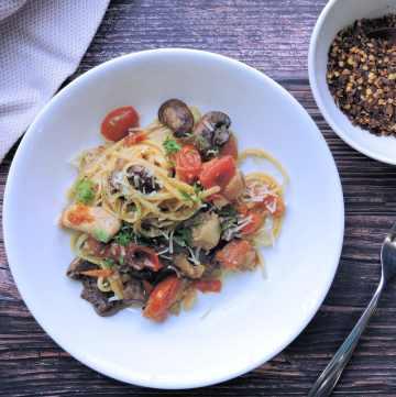 24Bite Recipe: Chicken Portobello and Grape Tomato Pasta Recipe by Christian Guzman