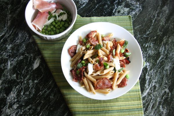 Crispy Prosciutto, Fresh Mozzarella, and Pea Whole Wheat Penne Pasta I 24 Carrot Life