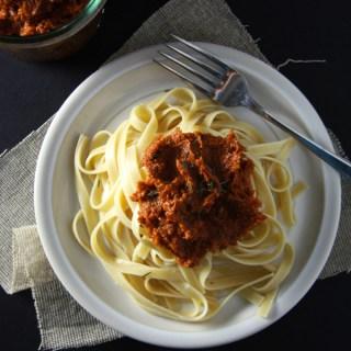 Oven-Dried Tomato Pesto Fettuccine