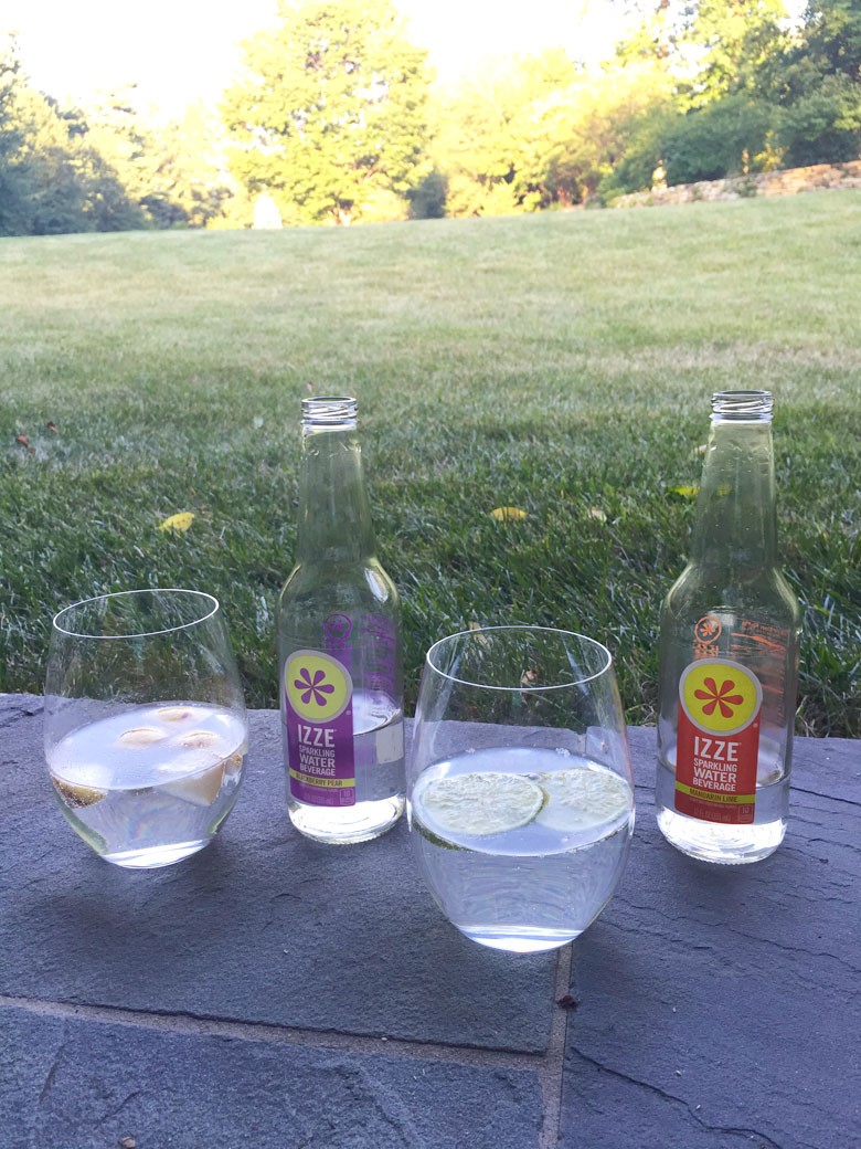 New IZZE Sparkling Waters // 24 Carrot Life #healthy #sponsored