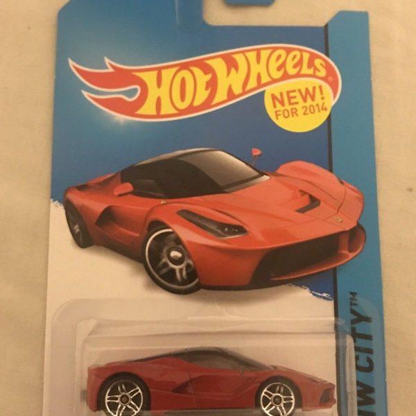 Amazing Hotwheels Ferrari LaFerrari Red 2014 HW City