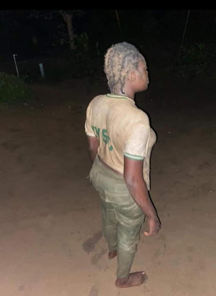 BREAKING: Female Army Officer Brutalizes Female Corps Member In Calabar