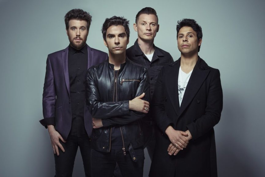Stereophonics – Hanging on Your Hinges Mp3 Download