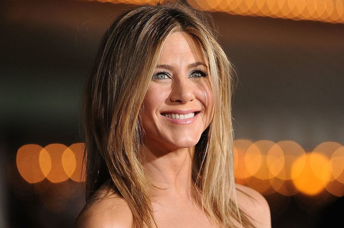 Jennifer Aniston Made Her Debut on Instagram by Posting Friends Reunion Photo