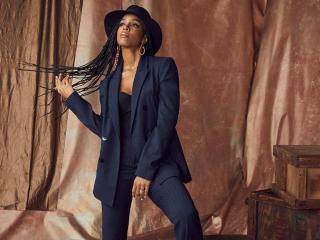 Watch Kelly Rowland's 'COFFEE' Music Video