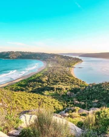 Barrenjoey head lighthouse walk palm beach Sydney