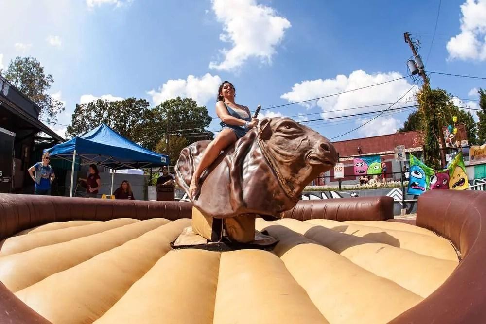 mechanical rides bull