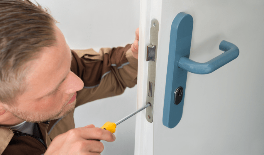 locksmith change