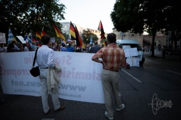Narrow-minded PEGIDA'ns