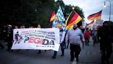 pegida sept blog 5 - PEGIDA Munich marches again - rallies against refugees