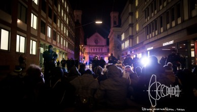 pegida 301115 9 - PEGIDA Marches through Stormy Munich as Citizens Block Road