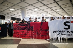 deportation munich airport 20170222 4 - Germany deports to Afghanistan from Munich airport - activists rally at Munich airpor