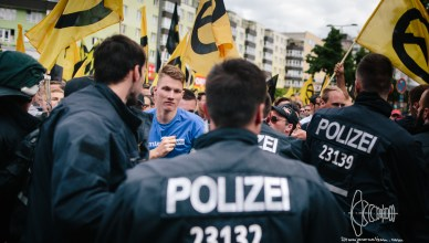 ibberlin blog 20170617 24 - March of Identitarian Movement in Berlin Blocked - Far-right Activists Clash with Police