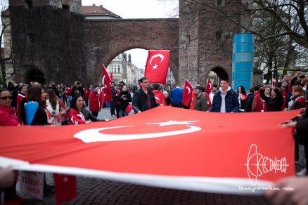 Turkish Nationalists gather at Sendlinger Tor.