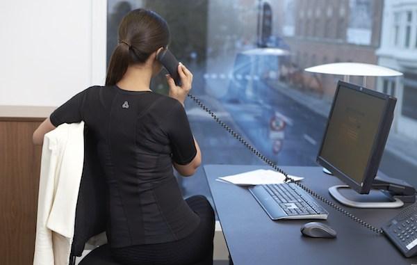 Kvinde kontor telefon arbejde computer