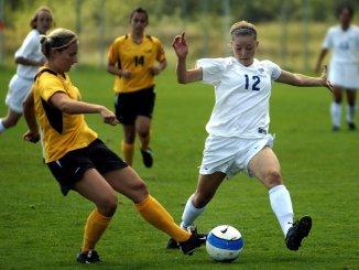 fodbold piger kvinder sport
