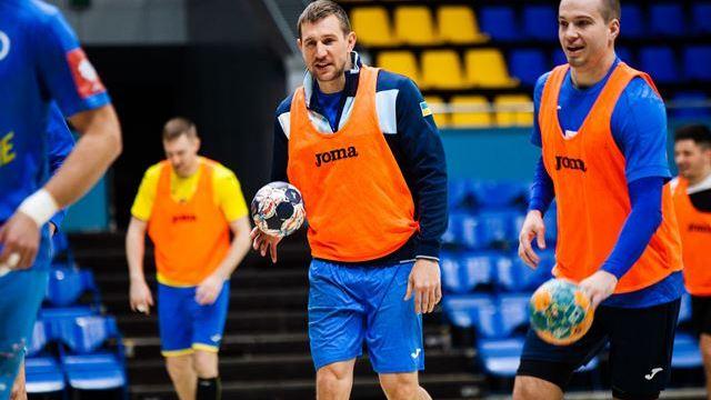 Украина со еден десен бек на Европското првенство?
