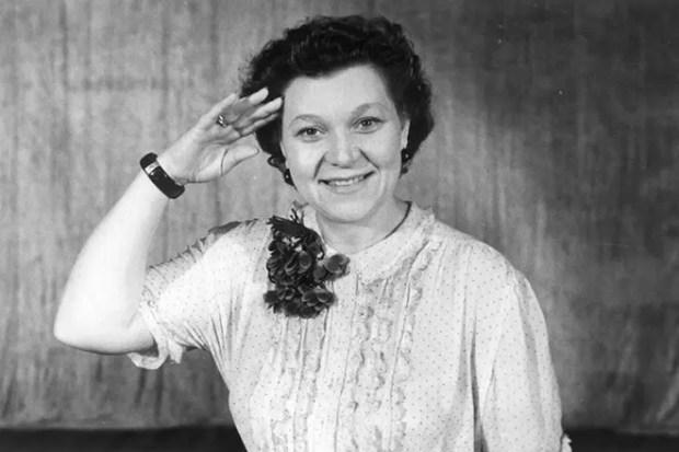 Клавдия Шульженко в молодости