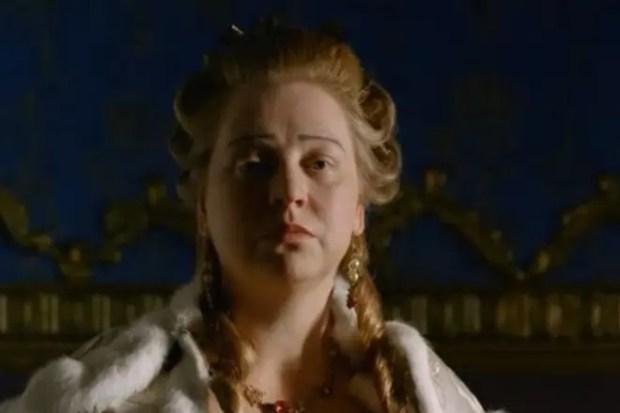 Светлана Крючкова в образе Екатерины II