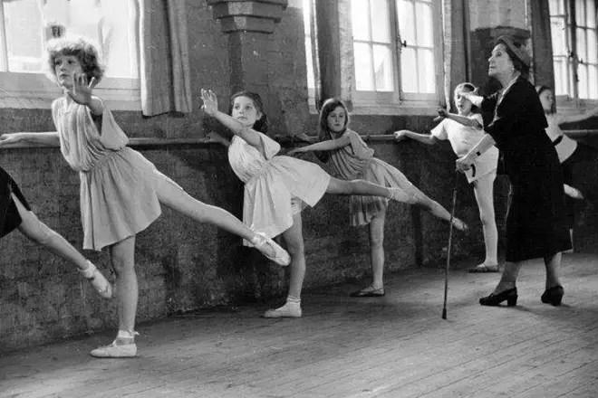 Datovania baletné tanečnice