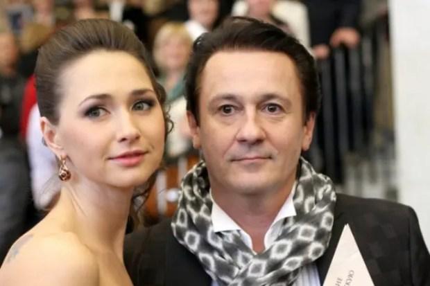Олег Меньшиков с женой Анастасией Черновой