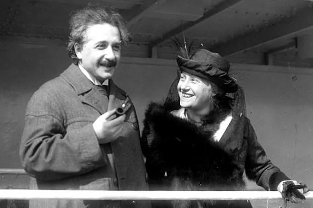 Альберт Эйнштейн и Эльза Левенталь