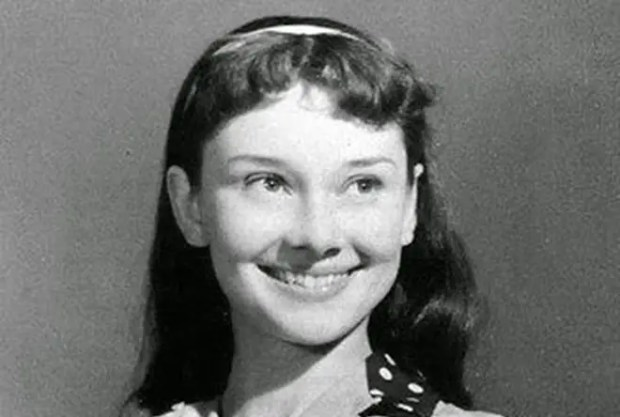 Одри Хепберн в юности