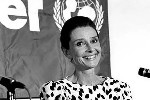 Одри Хепберн - посол ЮНИСЕФ