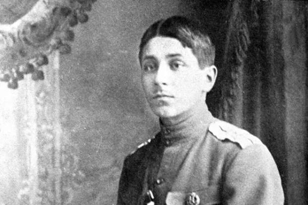 Михаил Зощенко в молодости