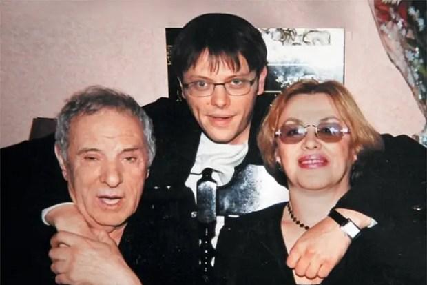 Петр Тодоровский с женой и сыном