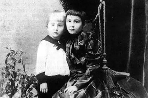 Александр Вертинский в детстве