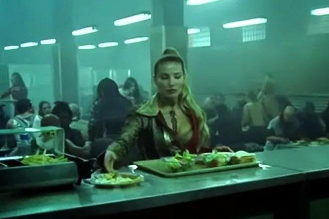 Большая Грудь Эльзы Патаки – Нинетт (2005)