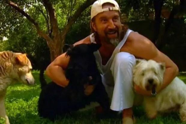 Леонид Ярмольник с собаками