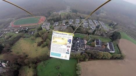 Mit etwa 5 Metern pro Sekunde steigt der Ballon in den Bergischen Himmel.