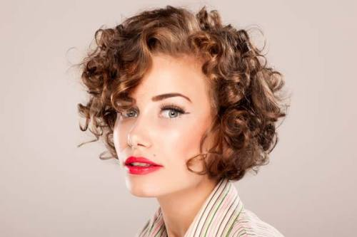 curly hair modern pin-up short