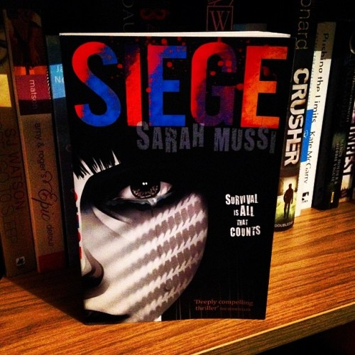 #CurrentlyReading Siege by Sarah Mussi #hachettechildrens #mystery #thriller #SarahMussi #bookstagram #myposts I have been looking forward to this for a while! :)