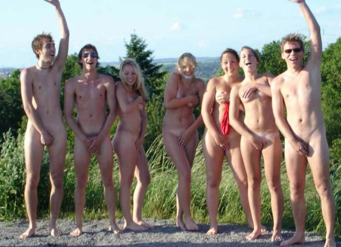 nude vikings