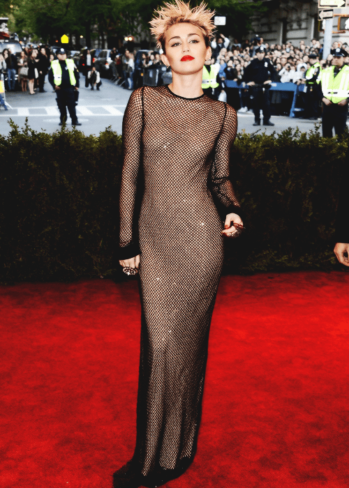 Miley Cyrus in Marc Jacobs at the 2013 Met Ball