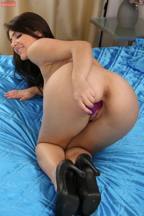 From KarupsPC.com: Valentina Nappi playing with a purple...
