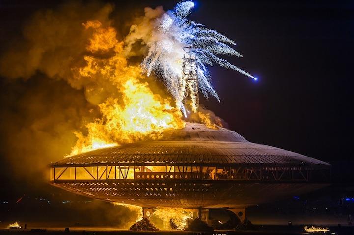 Geek Art Gallery Sculpture Burning Man Spaceship