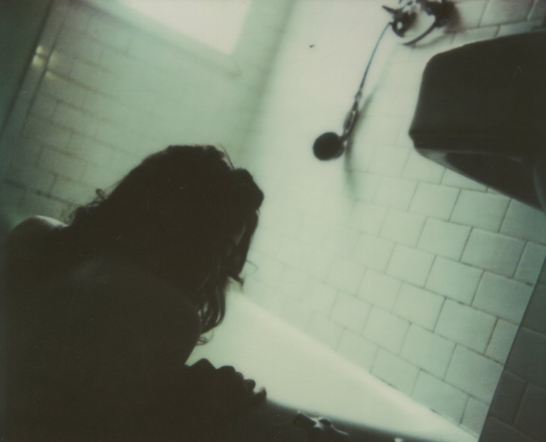 Drawing My Bath, Self PortraitThe IMPOSSIBLE Project, CP PZ680 Film© Anna Marcell