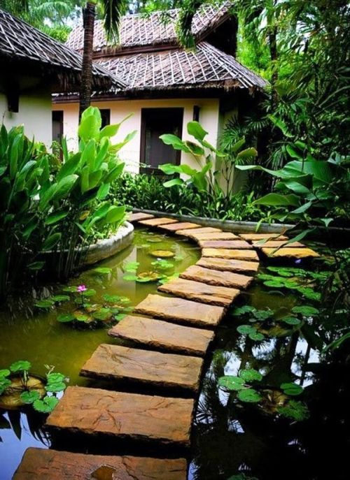 flowersgardenlove:</p> <p>And more beautiful i Beautiful</p> <p>This would be a great place to think<br /> and write stories.<br /> I need a place like this.<br /> I'll just have to make one up in my mind.