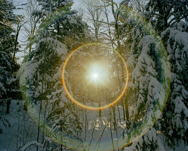 phoco:</p> <p>leslieseuffert:</p> <p>Adam Ekberg, 2006</p> <p>A PERFECT CIRCLE.<br /> LIKE AN EYE TO THE SKY.<br />