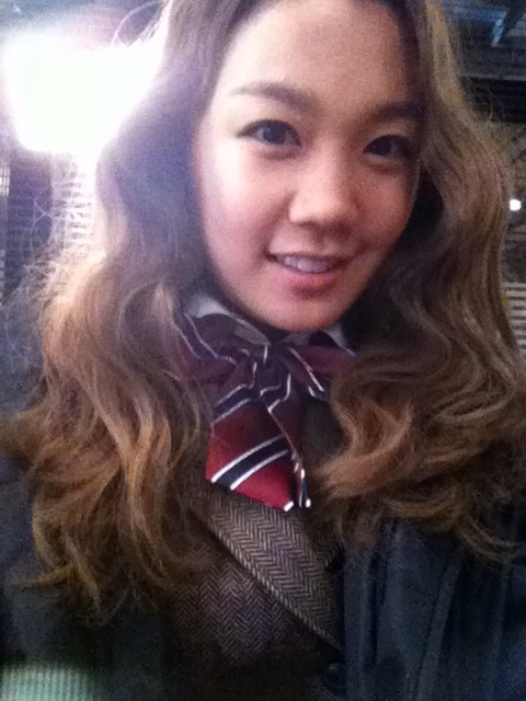 110111 Joo's Twitter  오늘 밤 드림하이 4회도 너무 기대되죠??학생들은 오늘도 열심히 기린예고에서 수업을 받는답니다:-) You're looking forward to episode 4 of Dream High tonight, right??The students are working hard on their classes at Kirin Arts High School again today:-)