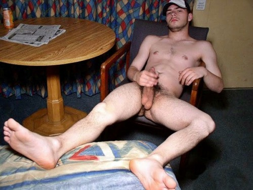 Naked lady-man