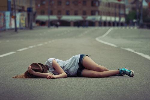 isaacroosevelt:  Nunca desista, lute, nunca pare, siga em frente, não abaixe a cabeça, levante-a, nunca espere, corra atrás, não dúvide, intimide! ( Isaac Roosevelt )