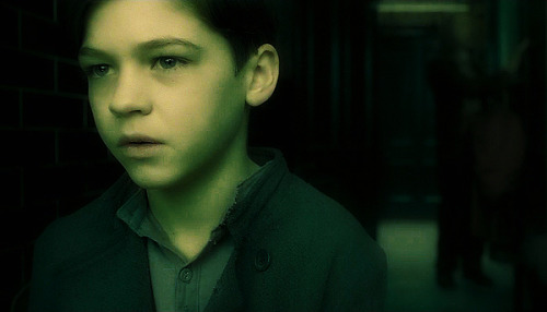 Hero Fiennes Tiffin Has Been Cast As Tom Riddle Age 11