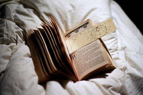 I love to read and have been doing it more, luckily <3