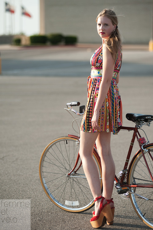 Model: Joanna Wilkinson (of keep austin stylish)Photographer: Mike AndrickStylist: Shari Gerstenberger (of Charm School Vintage)Bicycle: 1970s Schwinn Suburban<br /> Clothing available for purchase at Charm School Vintage in Austin, Texas.