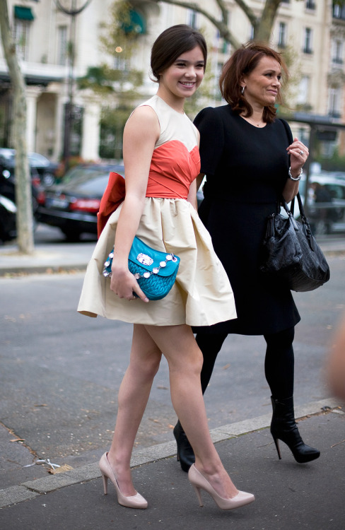 jadoreprettythings:</p><br /> <p>Paris Fashion Week Street Style<br /><br />